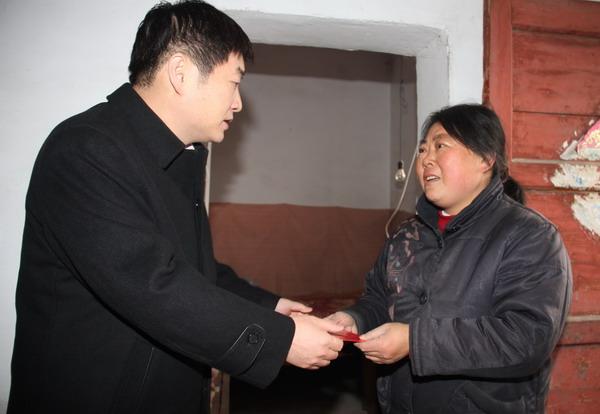 公司副总经理封建利赴王石凹矿送温暖图片